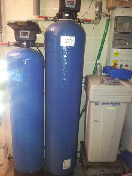 Instalace univerzální úpravny vody s filtrační směsí Ecomix.
